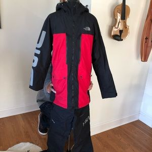 Perfect condition North Face ski combo